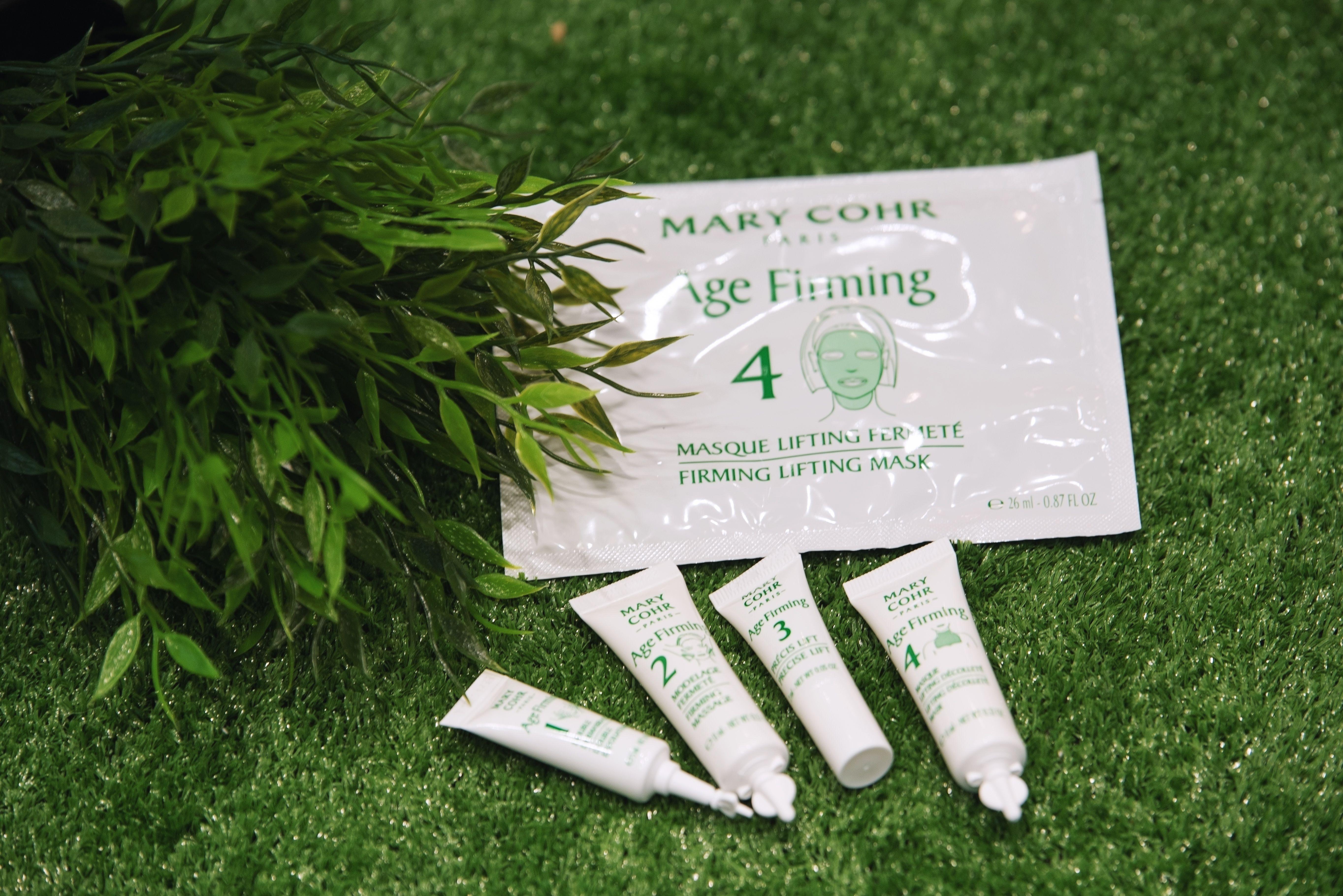TOP LINE a lansat AGE FIRMING MARY COHR,  cel mai nou tratament complet de lifting si fermitate pentru fata, gat si decolteu